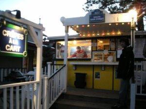 Crepe Stand