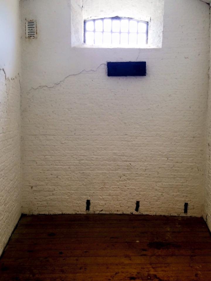 Gaol 9